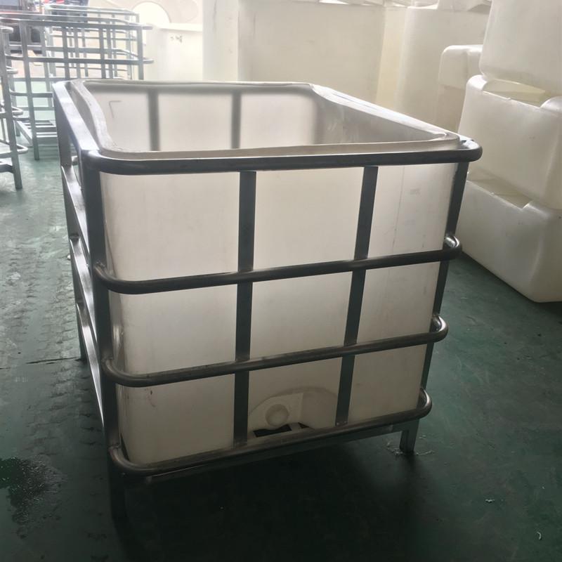 华社 塑料吨桶全新滚塑吨桶耐酸碱化工运输桶框架可定制 1000L