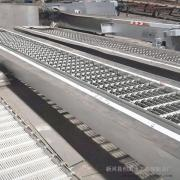创禹水工 机械格栅机宽500 ,长5米、304不锈钢清污机 回转式耙齿除污机 GSHZ