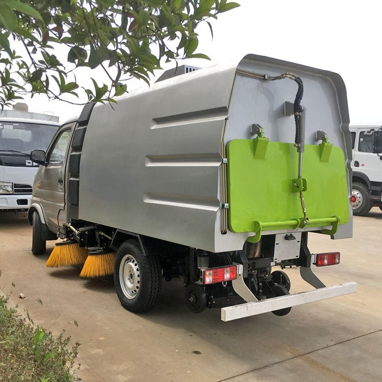 长安 扫路车 国六小型扫地车 燃油清扫车