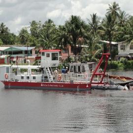 金盟 十寸绞吸式抽沙船每小时能到多大产量 10寸