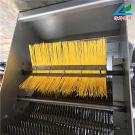 绿烨GSLY-900机械格栅除污机