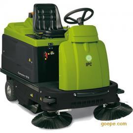 1010E/S驾驶式扫地车
