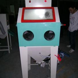 香洲小型手动喷砂机(在线咨询)