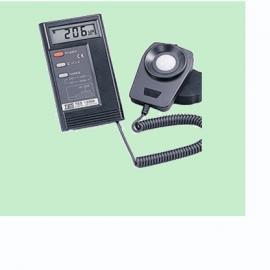 TES-1330A/1332A数字式照度计