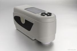 NH300 高品质便携式电脑色差仪