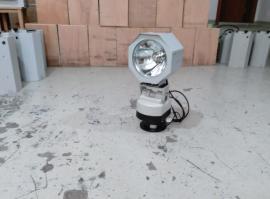 八通200W遥控安防氙气探照灯 产品型号:YFW6122