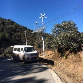 盘山公路交通风光互补监控系统-风光互补发电-英飞