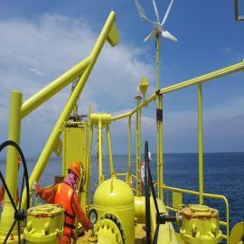 海上钻井平台风光互补监控系统-风光互补发电-英飞风力