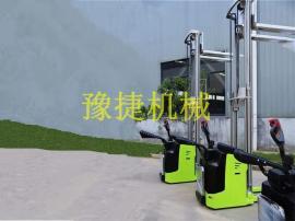 叉车,电动堆高叉车,站驾式电动托盘堆垛车
