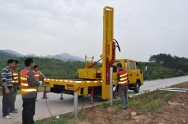 公路波形护栏轮式打桩机拔桩机