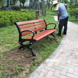 公共场所公园椅户外实木休闲椅定制厂商