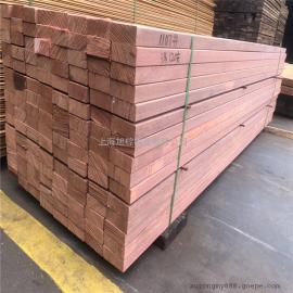 旭棕银口木大量到港板材原木