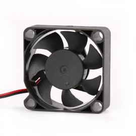 东兴岳3010散热风机 视频监控风机 防潮 智能调速功能 长寿命风扇DF3010B05H-FF80AF