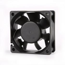 东兴岳 6025散热风扇 励ci系统散热12V风机60cmDF6025B12H-AF60ANN2