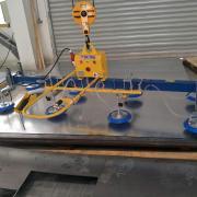 汉尔得6米激光切割台面配套1000kg钢板上料吸盘吊具、伸缩式真空吊具