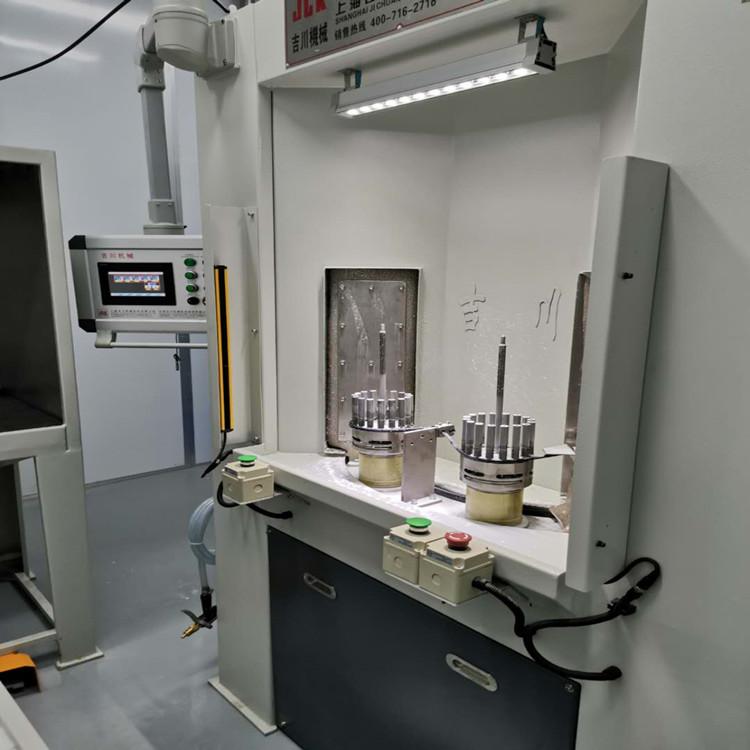 吉川 公司供货飞沃风电涡轮强化数控喷丸机