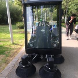长淮全自动驾驶式扫地车 工厂街道物业清扫车 洒水吸尘车行者S2000