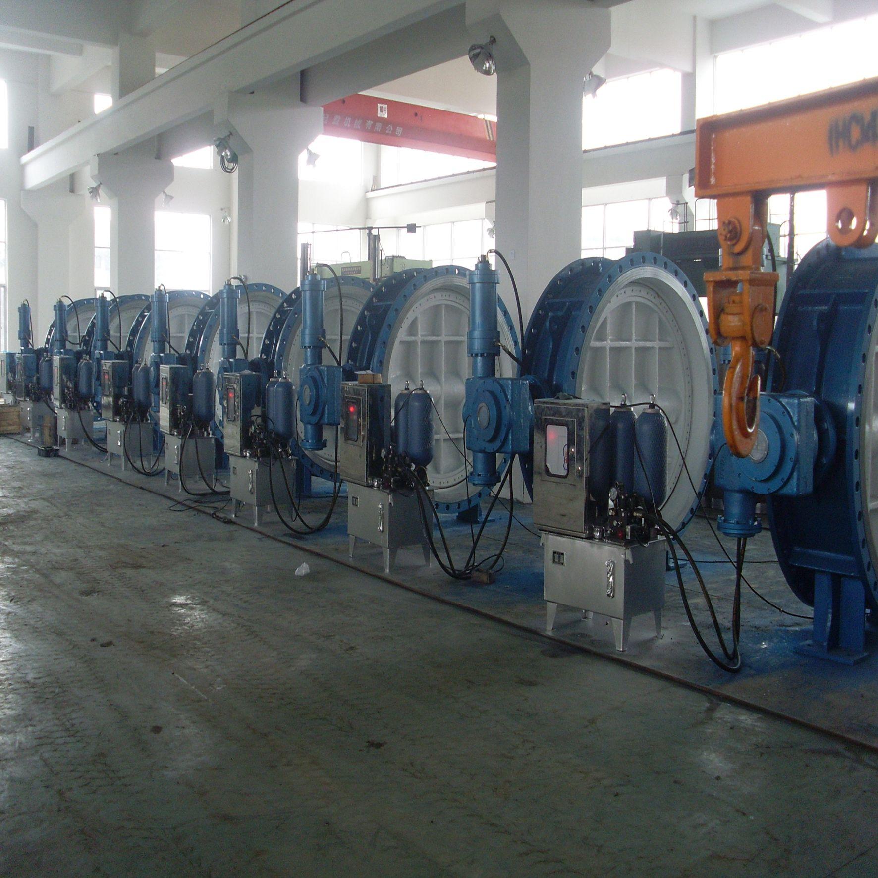 蓄能式液控缓闭蝶阀HD741H中国・正洲